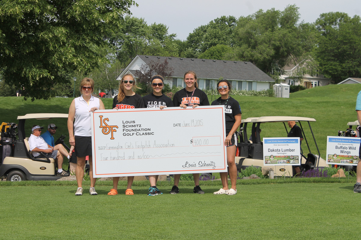 2015 Louis Schmitz Memorial Golf Classic000004