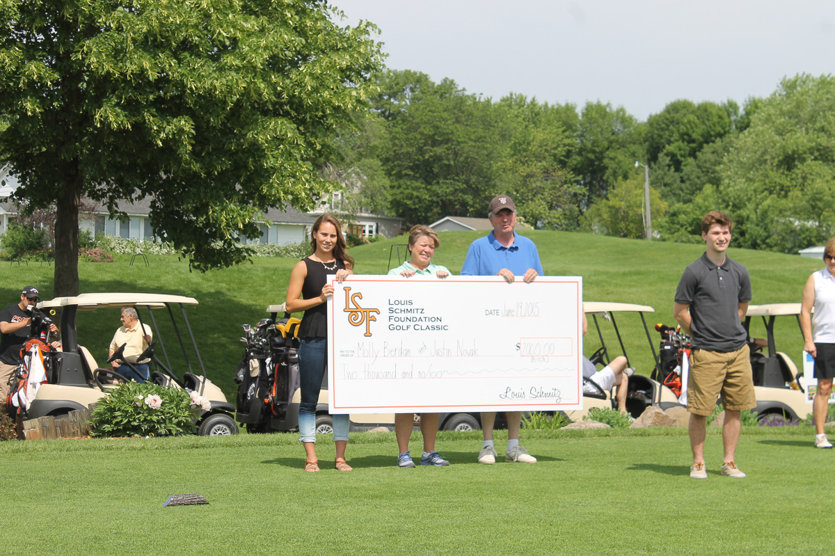 2015 Louis Schmitz Memorial Golf Classic000013
