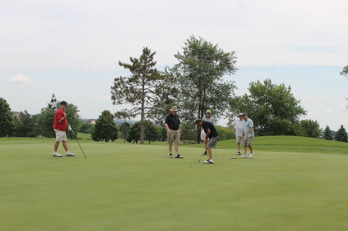 2015 Louis Schmitz Memorial Golf Classic000037