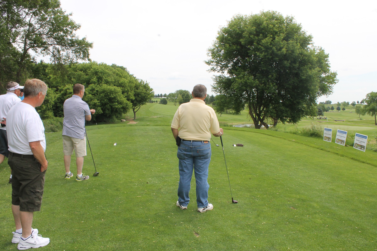 2015 Louis Schmitz Memorial Golf Classic000041