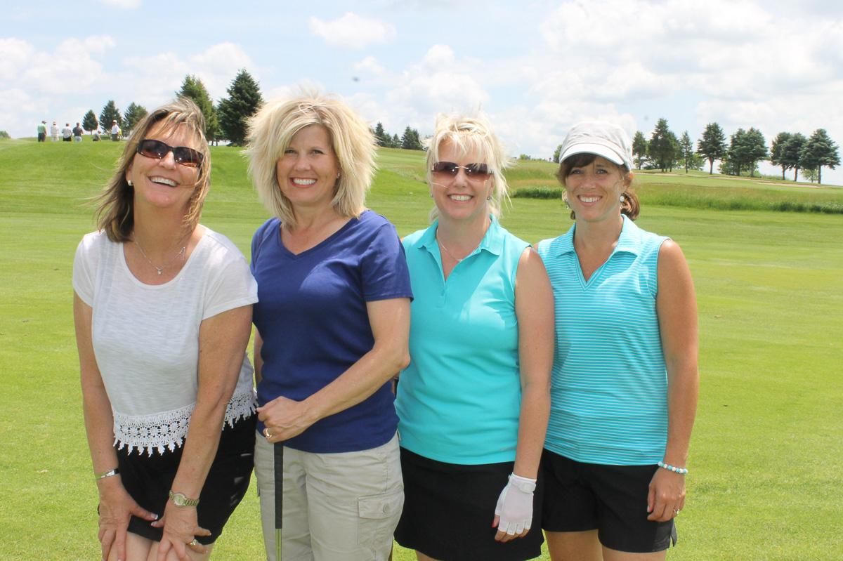 2015 Louis Schmitz Memorial Golf Classic000138